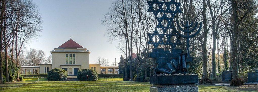 Bronzeskulptur zur Erinnerung an zerstörte Kölner Synagogen
